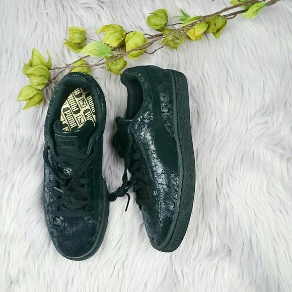 NWOB Puma Suede remaster fashion sneaker NWT